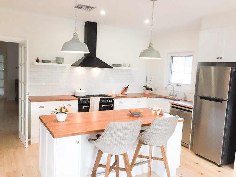 Coutnry themed designer kitchen by Shire Homes, Balhannah