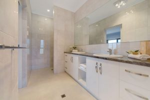 Low maintenance ensuite for the master bedroom