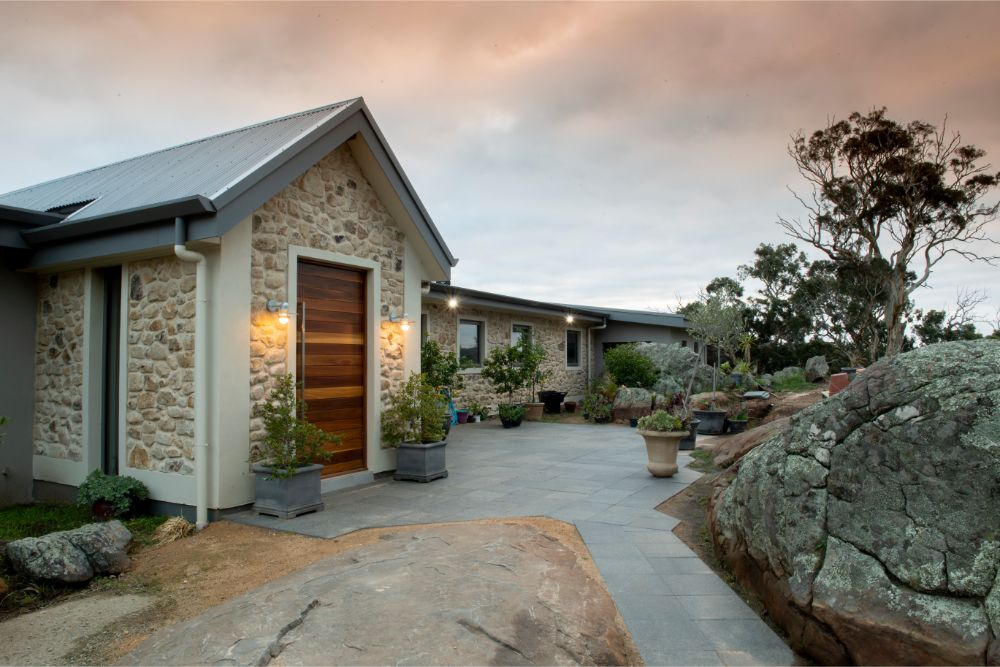 The feature entrance of this designer home in Bugle Range built by Shire Homes